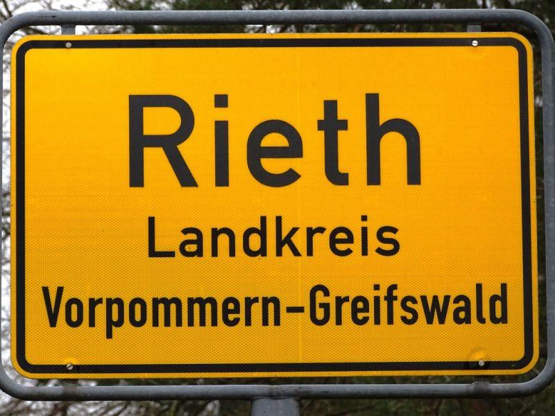 Ortsschild Rieth in Vorpommern